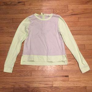 Lululemon long sleeve workout shirt - sz 6